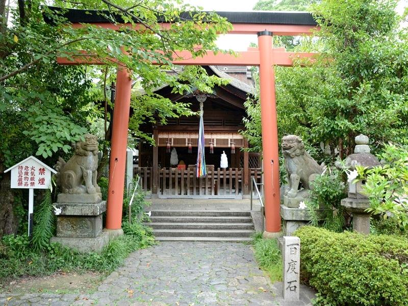 漢國神社 本殿