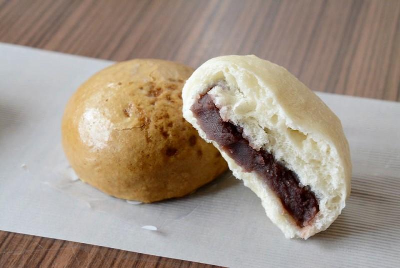 田中屋饅頭店 酒まんじゅうと黒糖まんじゅう